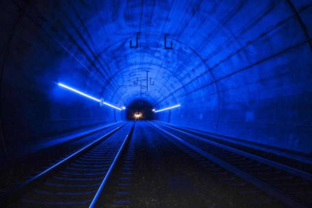 LED Leitsysteme im Railway Tunnel